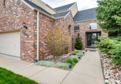 6290 S Iola Ct Englewood CO-small-002-3-Exterior Front Entry-666x445-72dpi