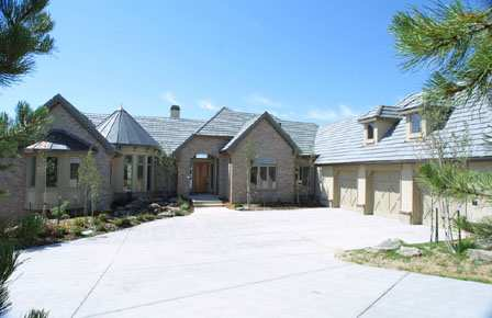 Newer luxury homes Castle Pines Colorado
