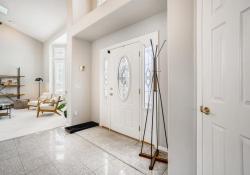 10052-Astoria-Court-Lone-Tree-large-004-004-Foyer-1499x1000-72dpi