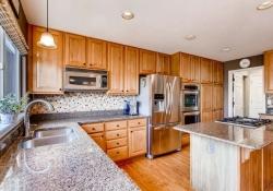 10054 Glenstone Circle-small-009-4-Kitchen-666x444-72dpi