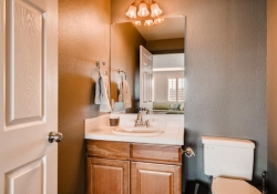 10105_Silver_Maple_Rd-large-026-2-Lower_Level_Bathroom-1500x1000-72dpi