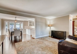 10846-E-Berry-Ave-Englewood-CO-large-004-005-Living-Room-1500x1000-72dpi