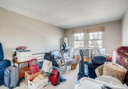 10846-E-Berry-Ave-Englewood-CO-large-020-019-2nd-Floor-Bedroom-1500x1000-72dpi