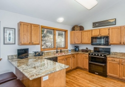 11629_Nichols_Way_Conifer_CO-large-007-10-Kitchen-1499x1000-72dpi