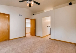 1387-S-Akron-Way-Denver-CO-small-020-20-2nd-Floor-Master-Bedroom-666x443-72dpi
