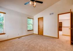 1387-S-Akron-Way-Denver-CO-small-021-21-2nd-Floor-Master-Bedroom-666x443-72dpi