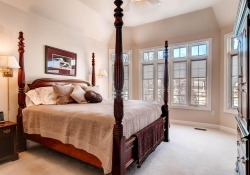 1395-cherry-street-brighton-co-large-014-master-bedroom-1500x1000-72dpi