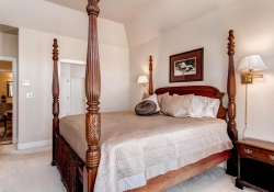 1395-cherry-street-brighton-co-large-015-master-bedroom-1500x1000-72dpi