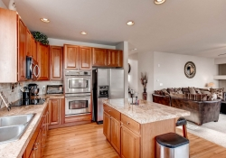 1575 S Goldbug Circle Aurora-print-008-6-Kitchen-2700x1800-300dpi