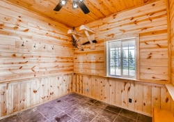 16079_W_50th_Ave_Golden_CO-small-034-28-Tackle_Room-666x444-72dpi