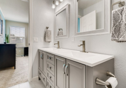 17-Primary-Bathroom