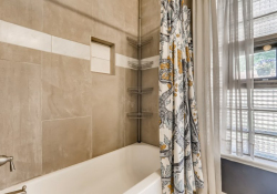 1695-Syracuse-St-Denver-CO-Web-Quality-016-24-Primary-Bathroom
