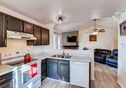 2-Kitchen-666x444-72dpi