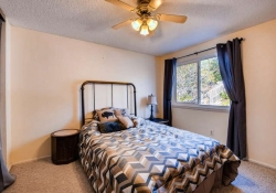 Bedroom-666x445