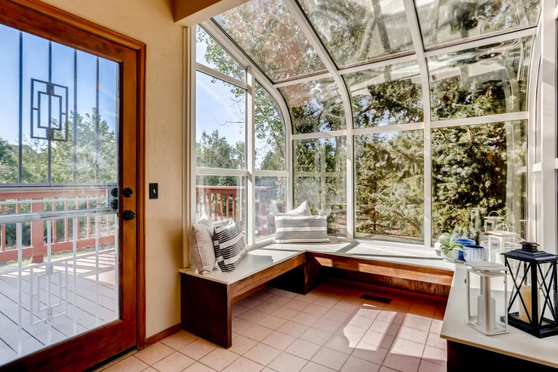 19831-E-Geddes-Place-large-032-025-Sunroom-1500x1000-72dpi