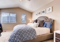 25592 E 2nd Place Aurora CO-large-013-24-Master Bedroom-1500x1000-72dpi