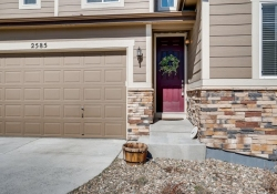 2585-Loon-Cir-Castle-Rock-CO-large-003-028-Exterior-Front-Entry-1500x1000-72dpi
