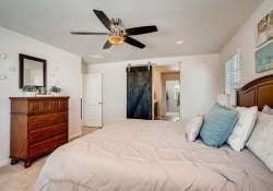 2585-Loon-Cir-Castle-Rock-CO-large-014-010-2nd-Floor-Master-Bedroom-1500x1000-72dpi