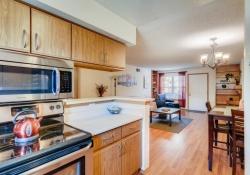2696-E-Otero-Place-Unit-6-large-004-004-Kitchen-1500x1000-72dpi