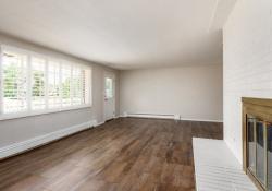 2755 Garden living room