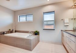 2801-Perry-St-Denver-CO-80212-large-022-027-2nd-Floor-Master-Bathroom-1500x1000-72dpi
