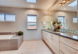 2801-Perry-St-Denver-CO-80212-large-023-024-2nd-Floor-Master-Bathroom-1500x1000-72dpi