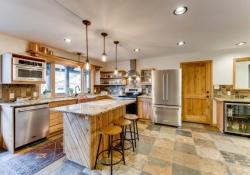 31301-Red-Hawk-Trail-Conifer-large-012-4-Kitchen-1499x1000-72dpi