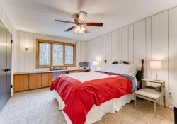 31301-Red-Hawk-Trail-Conifer-large-024-53-2nd-Floor-Bedroom-1499x1000-72dpi