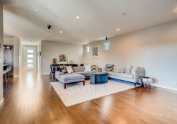 3367-Cranston-Circle-Highlands-large-006-004-Living-Room-1500x999-72dpi