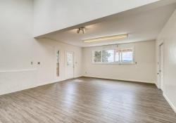34628-Lyttle-Dowdle-Drive-large-014-009-Family-Room-1500x1000-72dpi