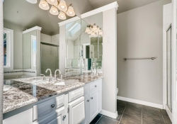 34628-Lyttle-Dowdle-Drive-large-021-021-2nd-Floor-Master-Bathroom-1500x1000-72dpi