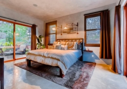 3465_S_Columbine_Circle-large-015-16-Master_Bedroom-1500x1000-72dpi