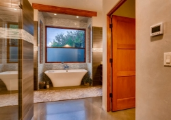 3465_S_Columbine_Circle-large-017-22-Master_Bathroom-1500x1000-72dpi