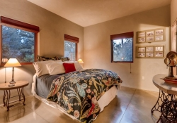 3465_S_Columbine_Circle-large-028-1-Guest_Suite_Bedroom-1500x1000-72dpi