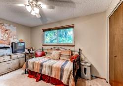 3613 S Andes Ct Aurora CO-large-020-25-2nd Floor Bedroom-1500x1000-72dpi