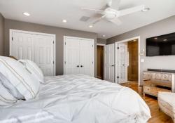 4070 S Dexter St Englewood CO-large-013-14-Master Bedroom-1500x1000-72dpi