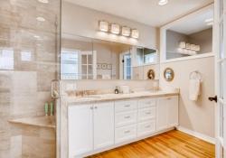 4070 S Dexter St Englewood CO-large-015-2-Master Bathroom-1500x1000-72dpi