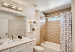 36-2nd-Floor-Bathroom