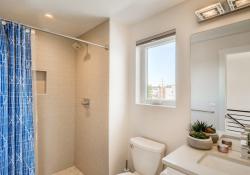 38-3rd-Floor-Bathroom