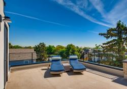 51-Rooftop-Deck
