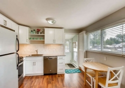 4601-S-Logan-St-Englewood-CO-small-011-9-Kitchen-666x444-72dpi