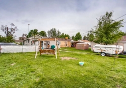4601-S-Logan-St-Englewood-CO-small-026-16-Back-Yard-666x444-72dpi