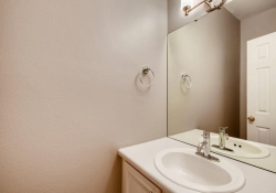 5555-E-Briarwood-Ave-Unit-1904-large-010-19-Bathroom-1500x1000-72dpi