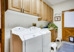 5594-S-Jasper-Way-Centennial-large-024-023-Laundry-Room-1500x1000-72dpi