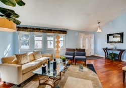 5693-S-Jamaica-Way-Englewood-large-005-007-Living-Room-1500x1000-72dpi