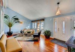 5693-S-Jamaica-Way-Englewood-large-006-005-Living-Room-1500x1000-72dpi