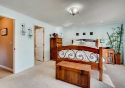 5693-S-Jamaica-Way-Englewood-large-018-022-2nd-Floor-Master-Bedroom-1500x1000-72dpi