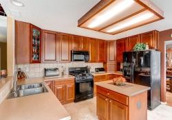 5897 S Zante Cir Aurora CO-large-007-14-Kitchen-1500x1000-72dpi