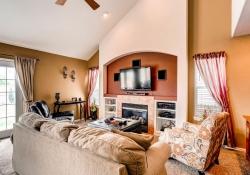 5897 S Zante Cir Aurora CO-large-012-13-Family Room-1500x1000-72dpi