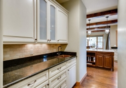 5910-S-Ogden-Ct-Centennial-CO-large-015-003-Butlers-Pantry-1500x1000-72dpi